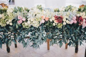 arreglos florales vintage mesa de novios