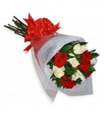 Ramo de 12 rosas bicolor