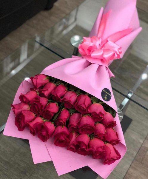 Ramo De 24 Rosas Rojas A Domicilio Florería By Mr Flowers