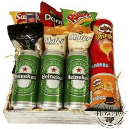 Caja con Cervezas y Papas