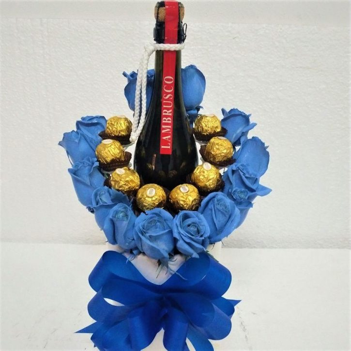 Rosas Azules, Vino y Chocolates